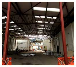 Steel building construction of warehouse